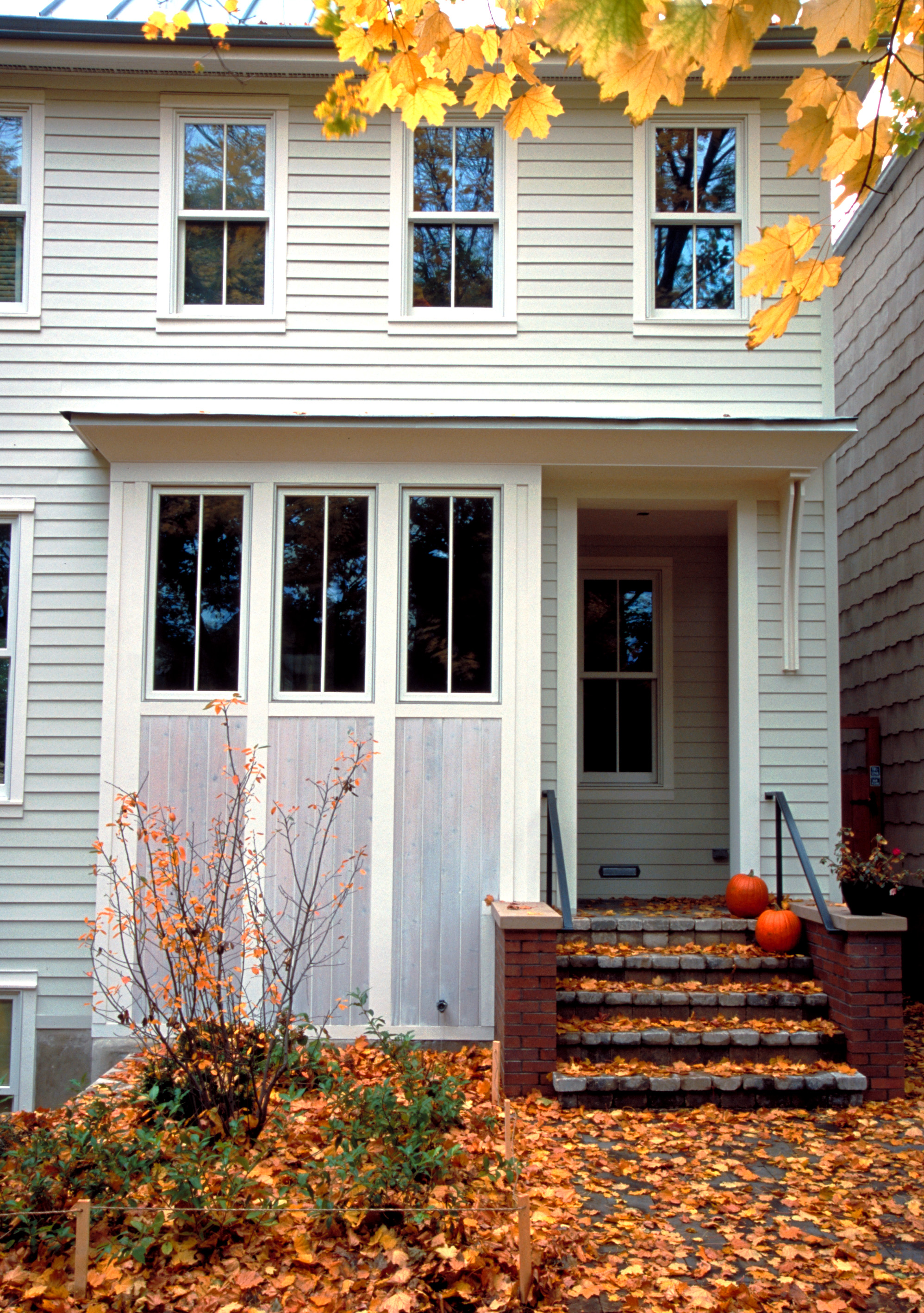 front entry detail.jpg