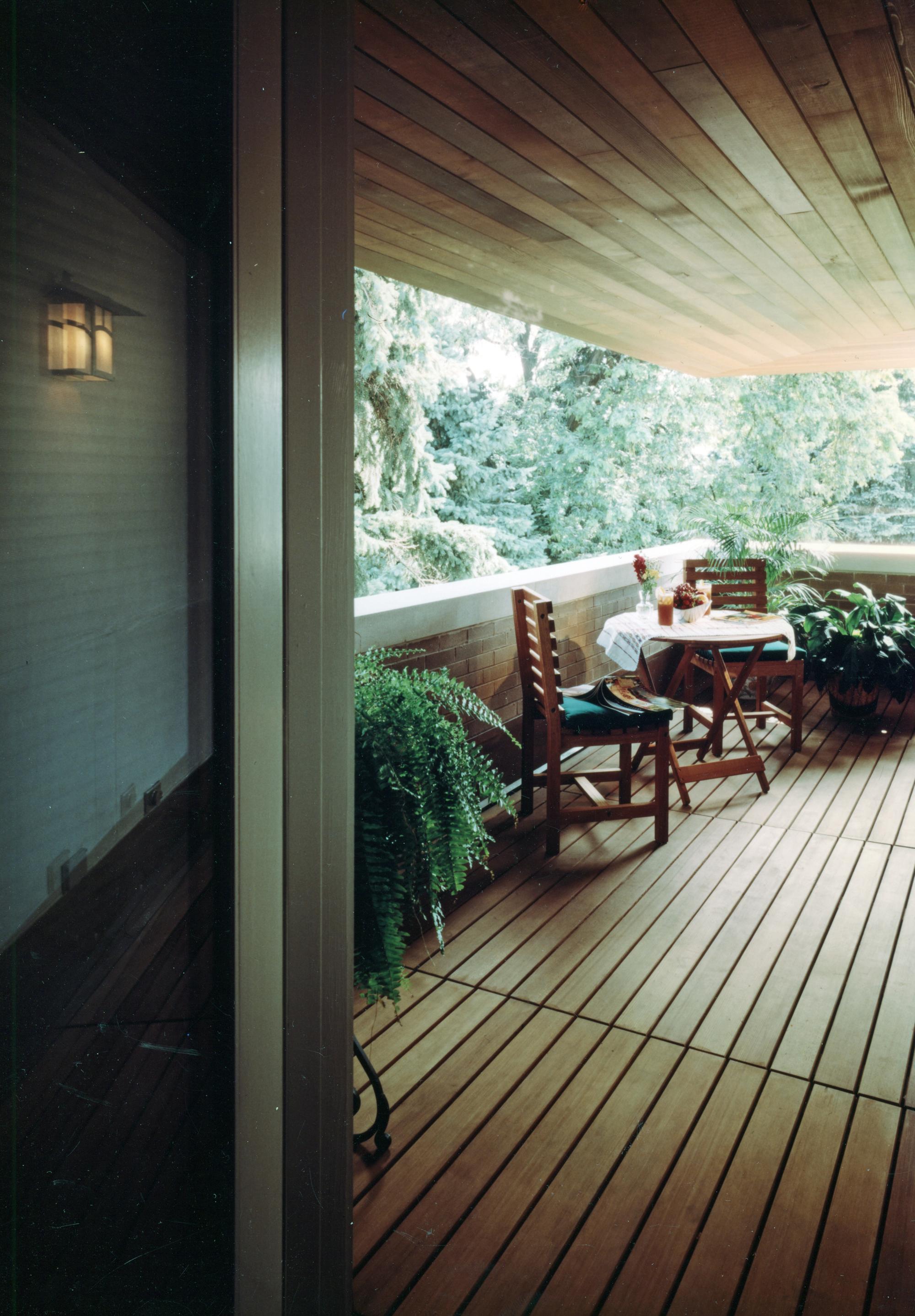 balcony small.jpg