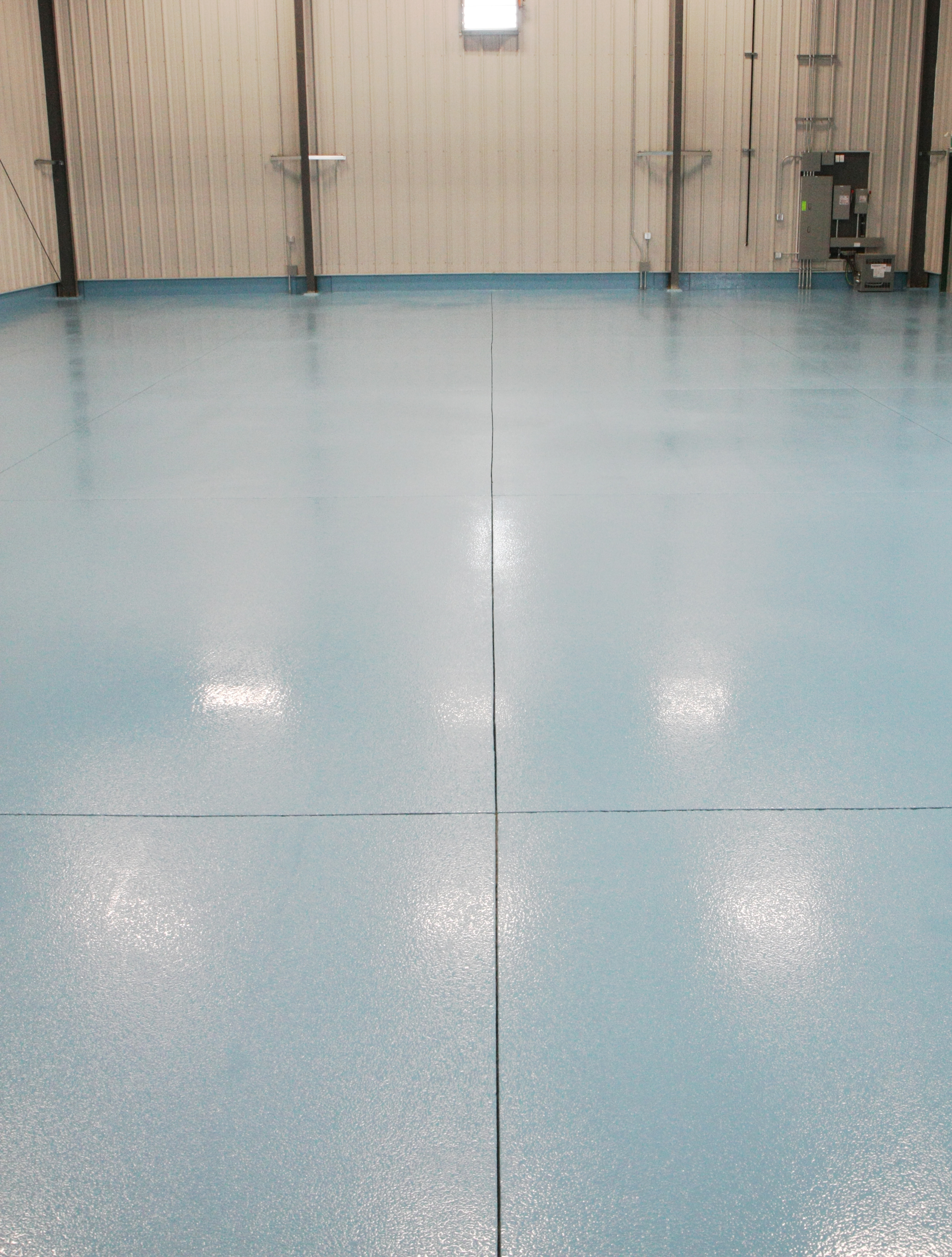 Commercial Epoxy Floors - Commercial Floor coatings need to be durable, decorative and easy to clean. Our Epoxy Floor Coatings allow your concrete to be stronger, ease maintenance and show off your business or work.