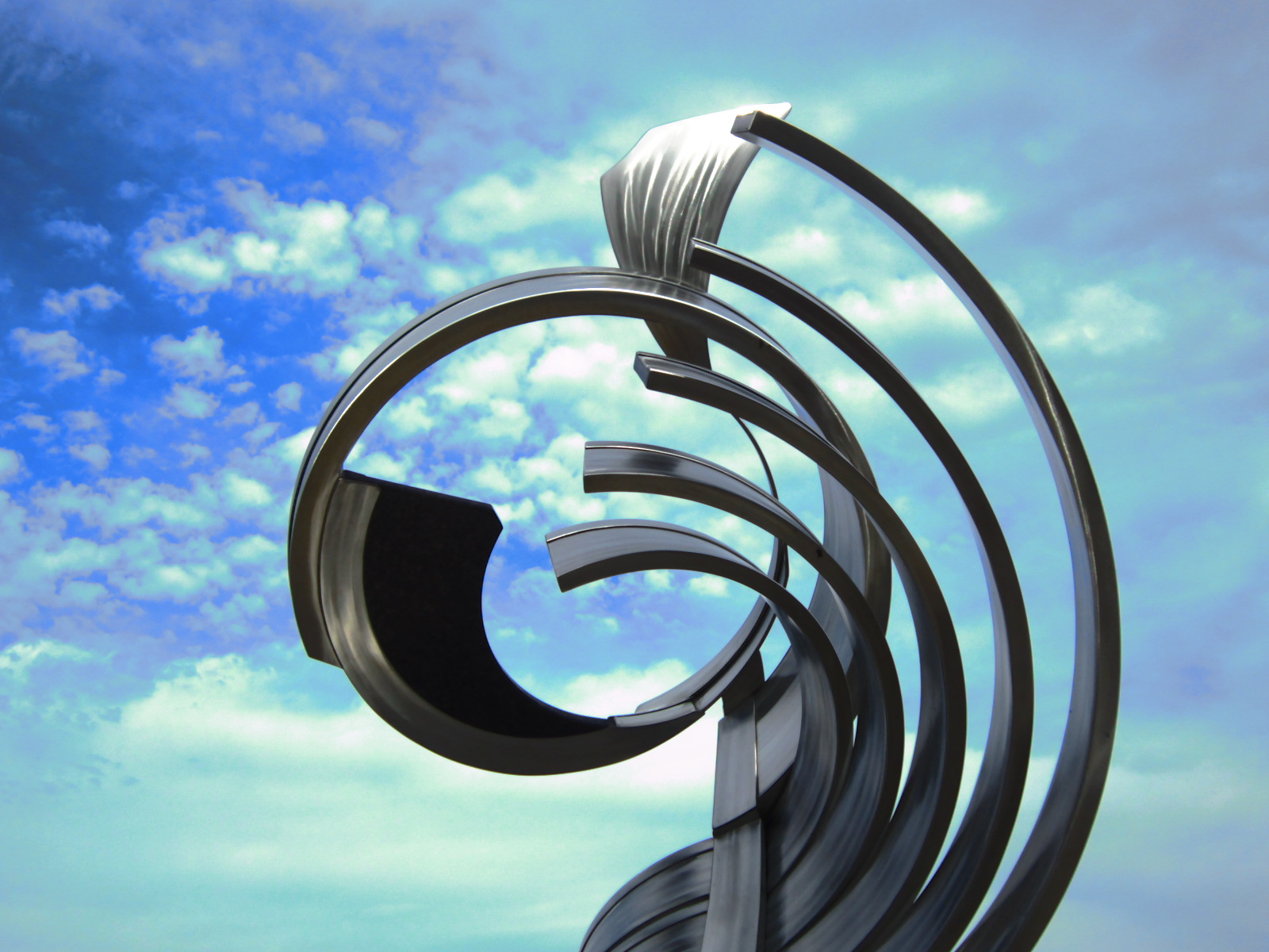 """Sculpture:""""Continuum"""" by Sally Rogers, Public Art Chattanooga, TN   Photo by Megan Swindro"""