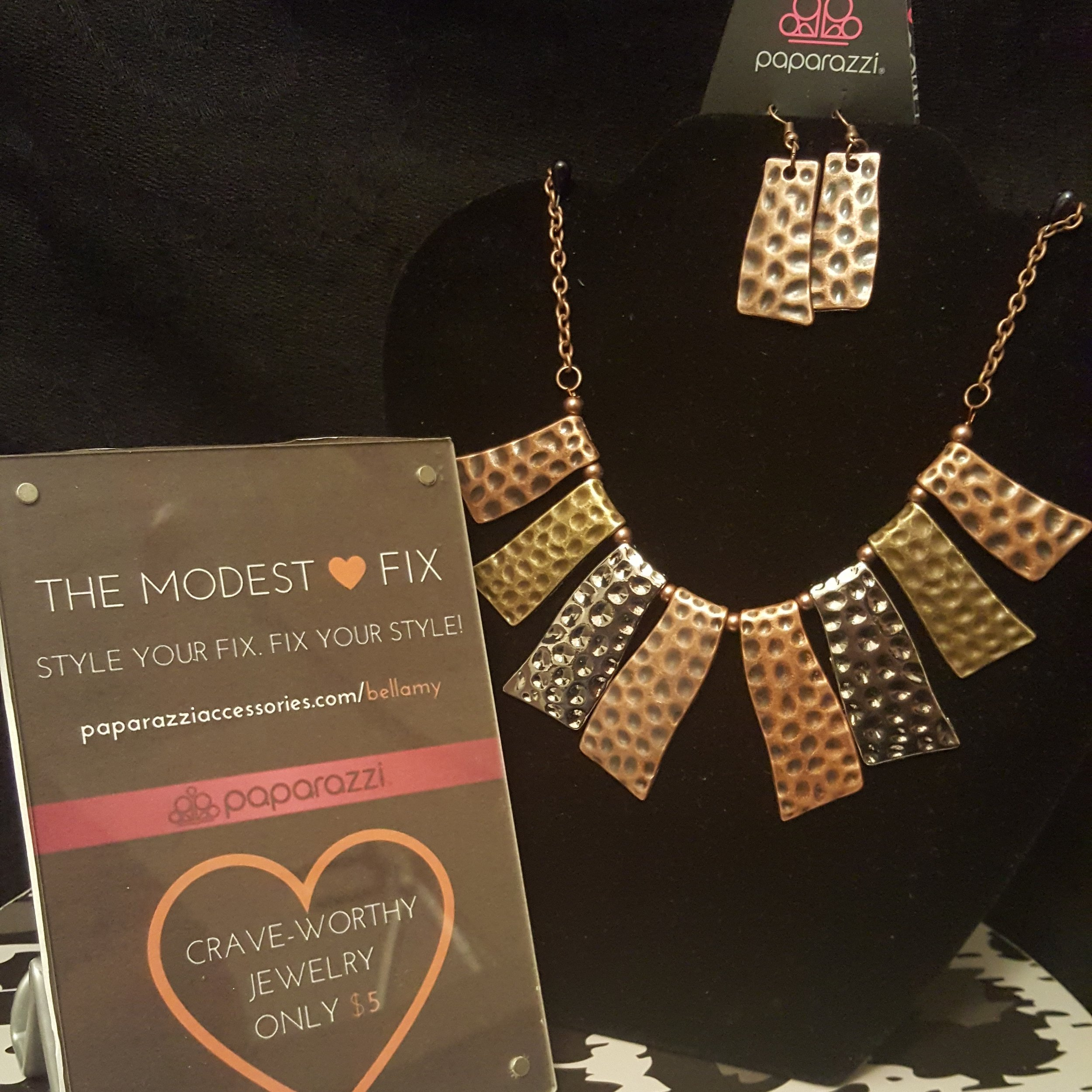 Fan of the Tribe Necklace Set