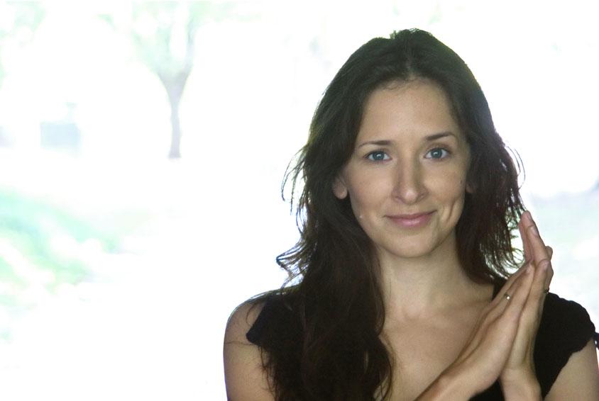 Shelly Feldman, Cousin in SIX