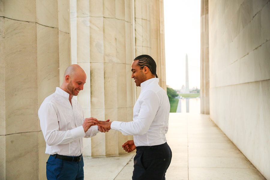 lincoln-memorial-engagement-session