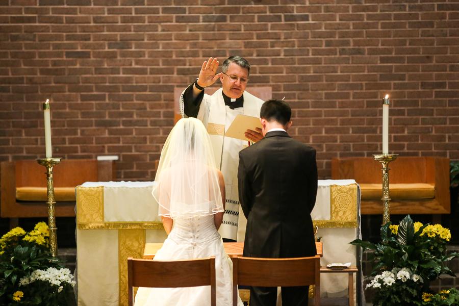 Holy-Spirit-Catholic-Church-Wedding-Photographer