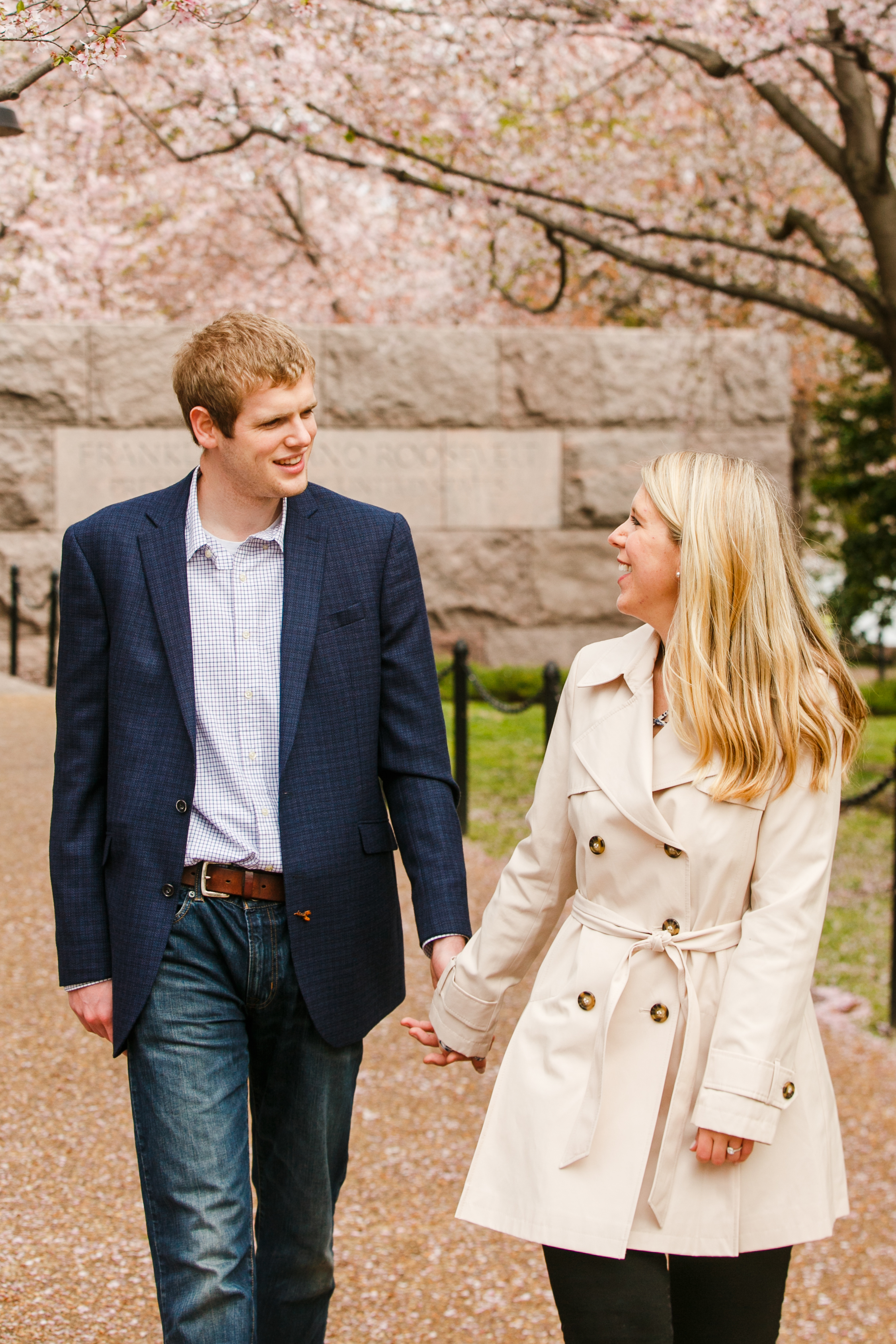 Washington-DC-Cherry-Blossom-Surprise-Proposal