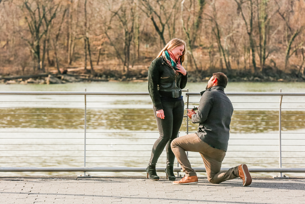 Washington-DC-Georgetown-Waterfront-Park-Surprise-Marriage-Proposal