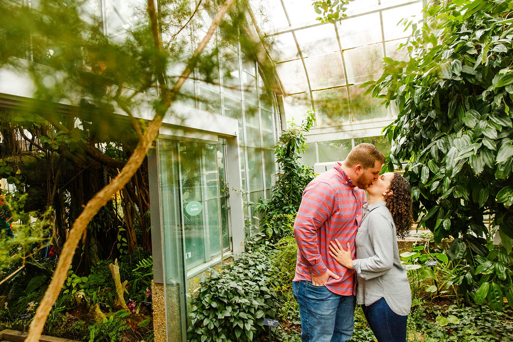 Washington-DC-Botanical-Gardens-Surprise-Proposal-Photographer