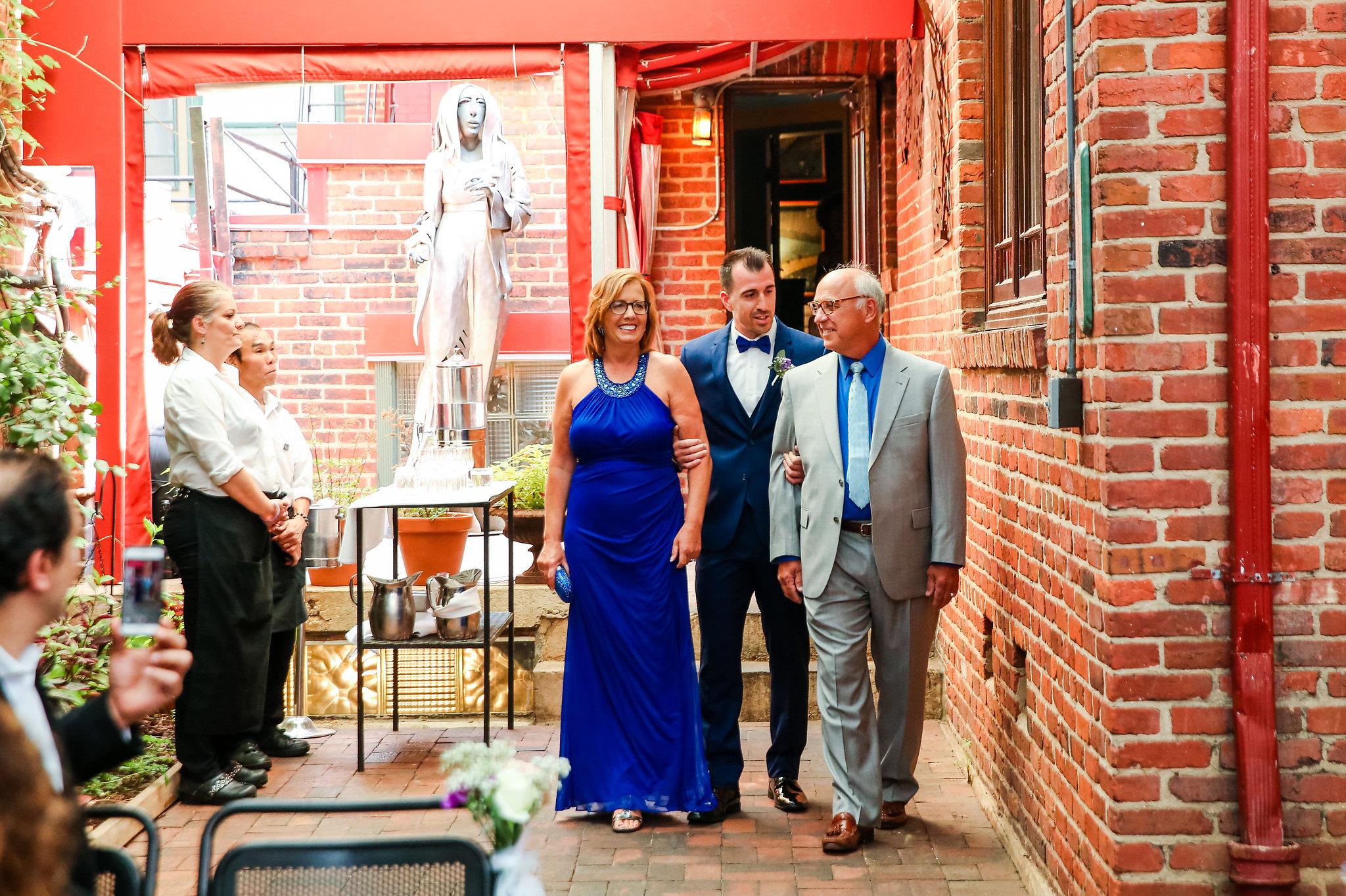Tabard-Inn-Washington-DC-Wedding