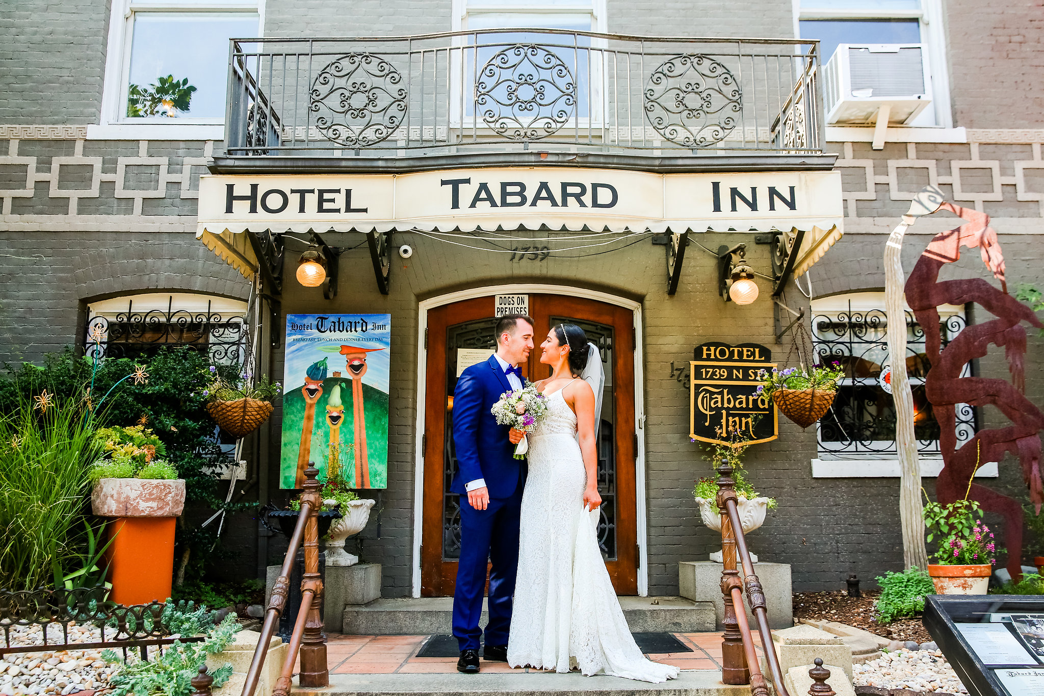 Tabard-Inn-Wedding-Portraits
