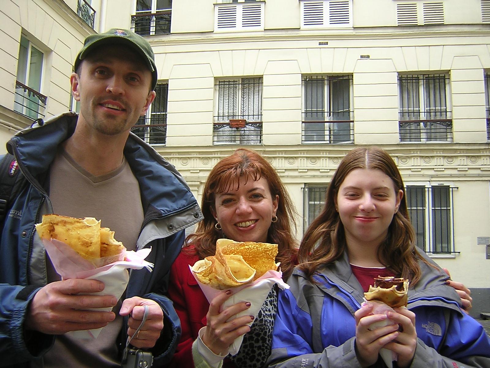 Boris Naronov and Family 28 April 05 b.jpg