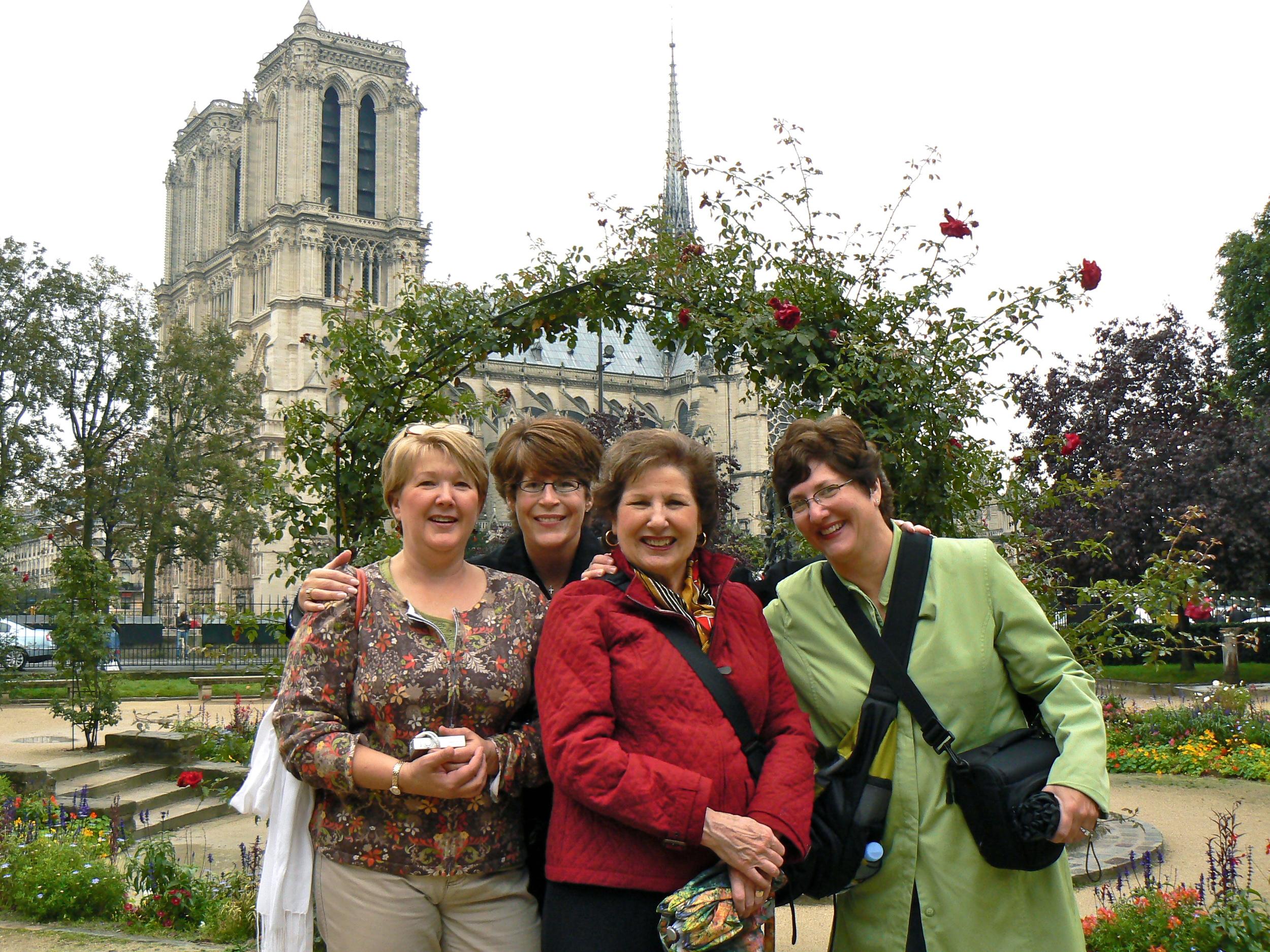 Judy Shkolnick and friends Oct 1 07a.jpg