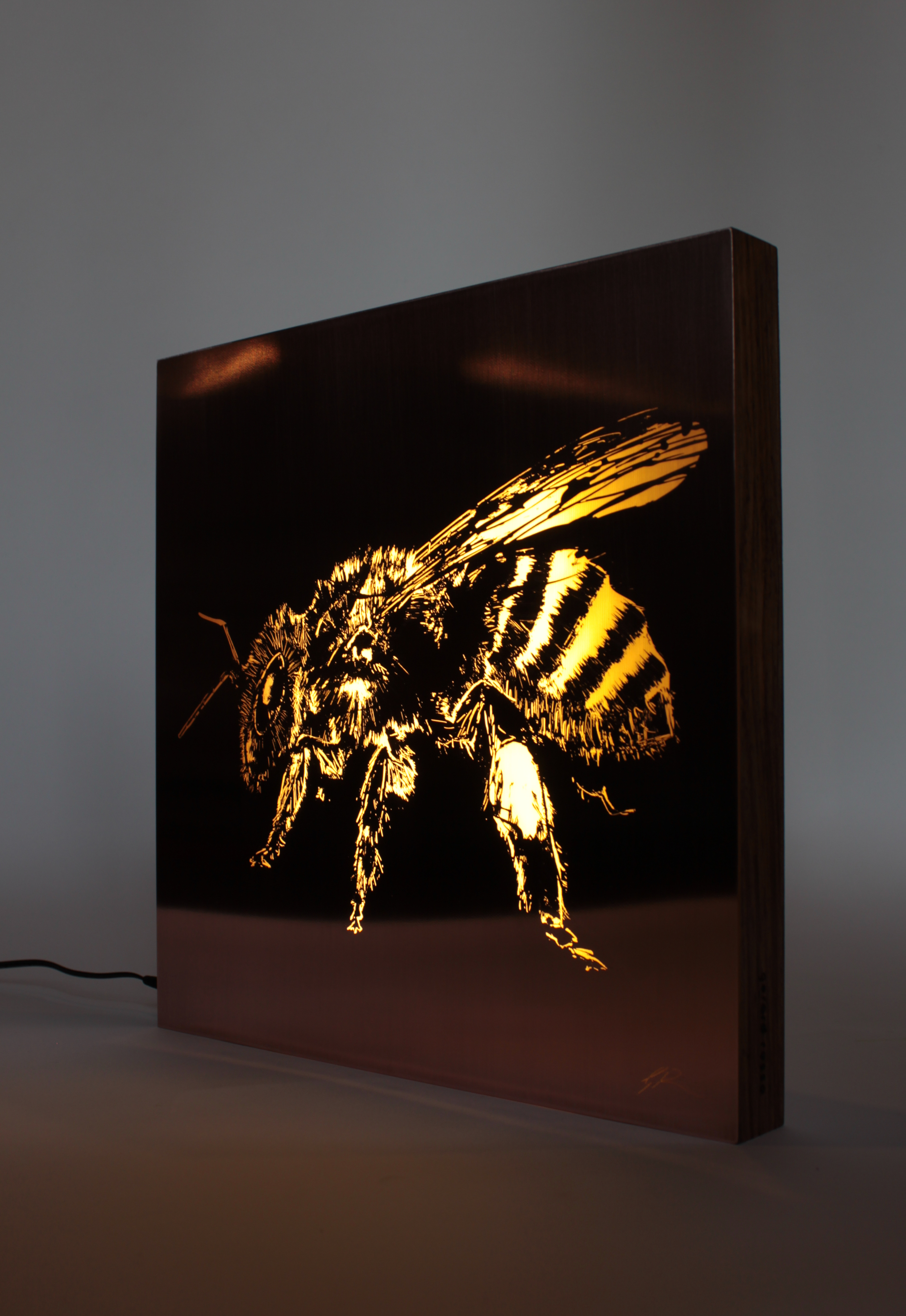Bee_Gerard_Russo.jpg