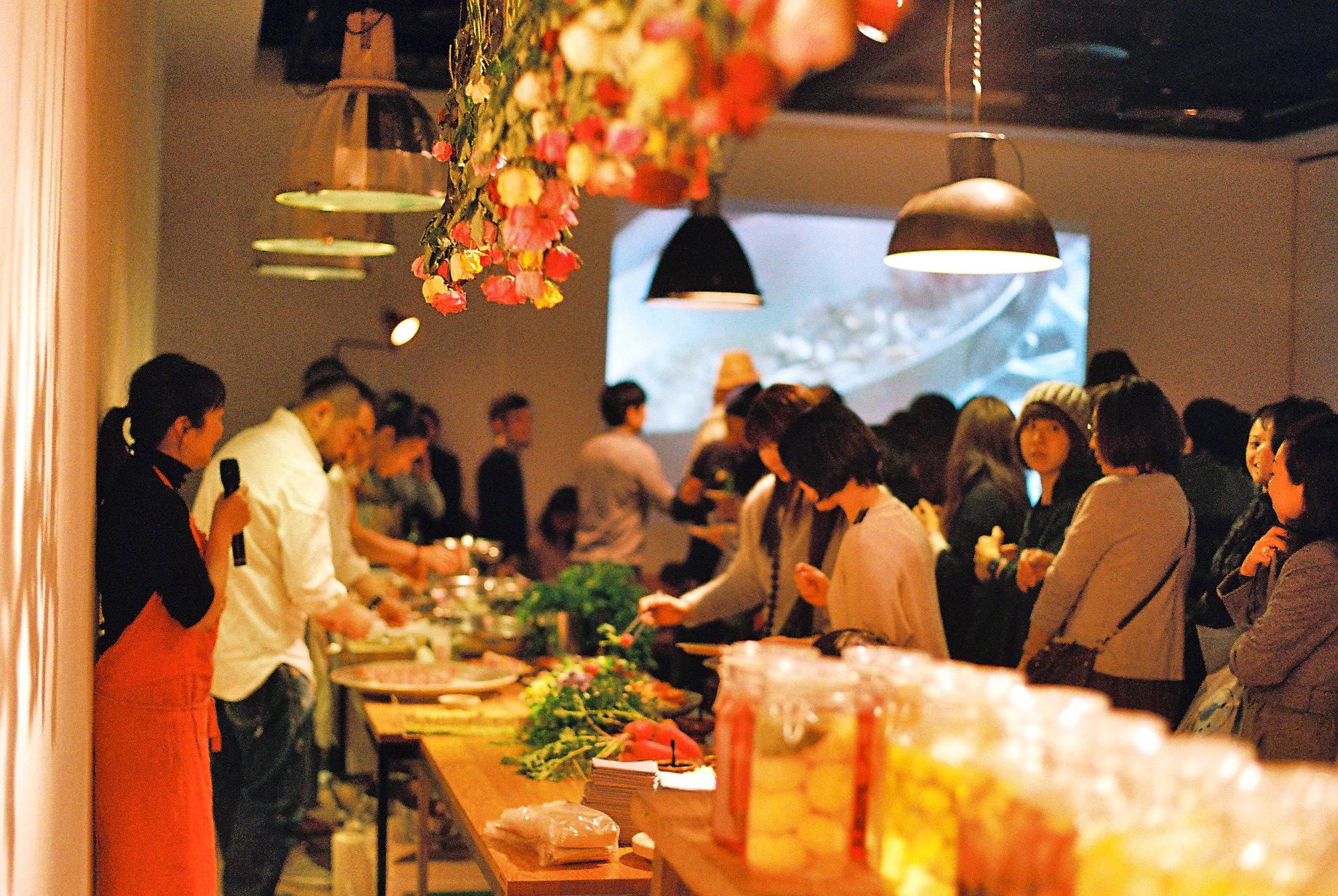 Nomadic Kitchenを率いる、野村友里から今回の趣旨などを  参加者の皆さんに。