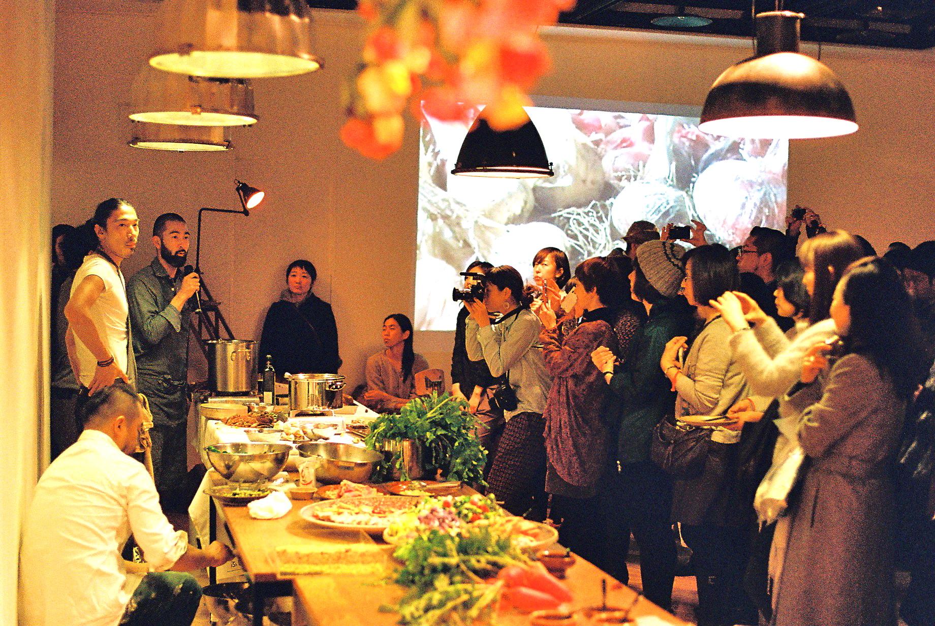 Nomadic Kitchenとして活動する料理人たちからもご挨拶。
