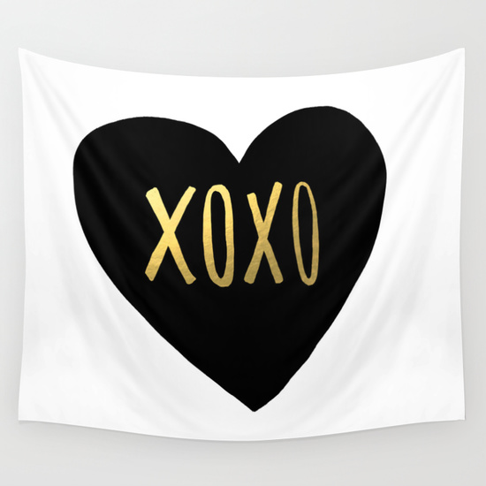 xoxo heart photo booth backdrop
