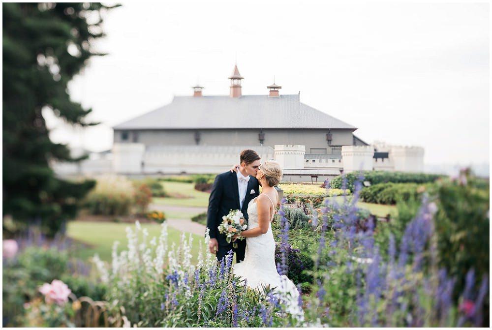 Emma + Evan's Royal Botanic Gardens, Sydney Wedding — Best