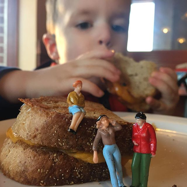 The littles join Gabe for some grilled cheese. #gabrielrowan #toddlerlife