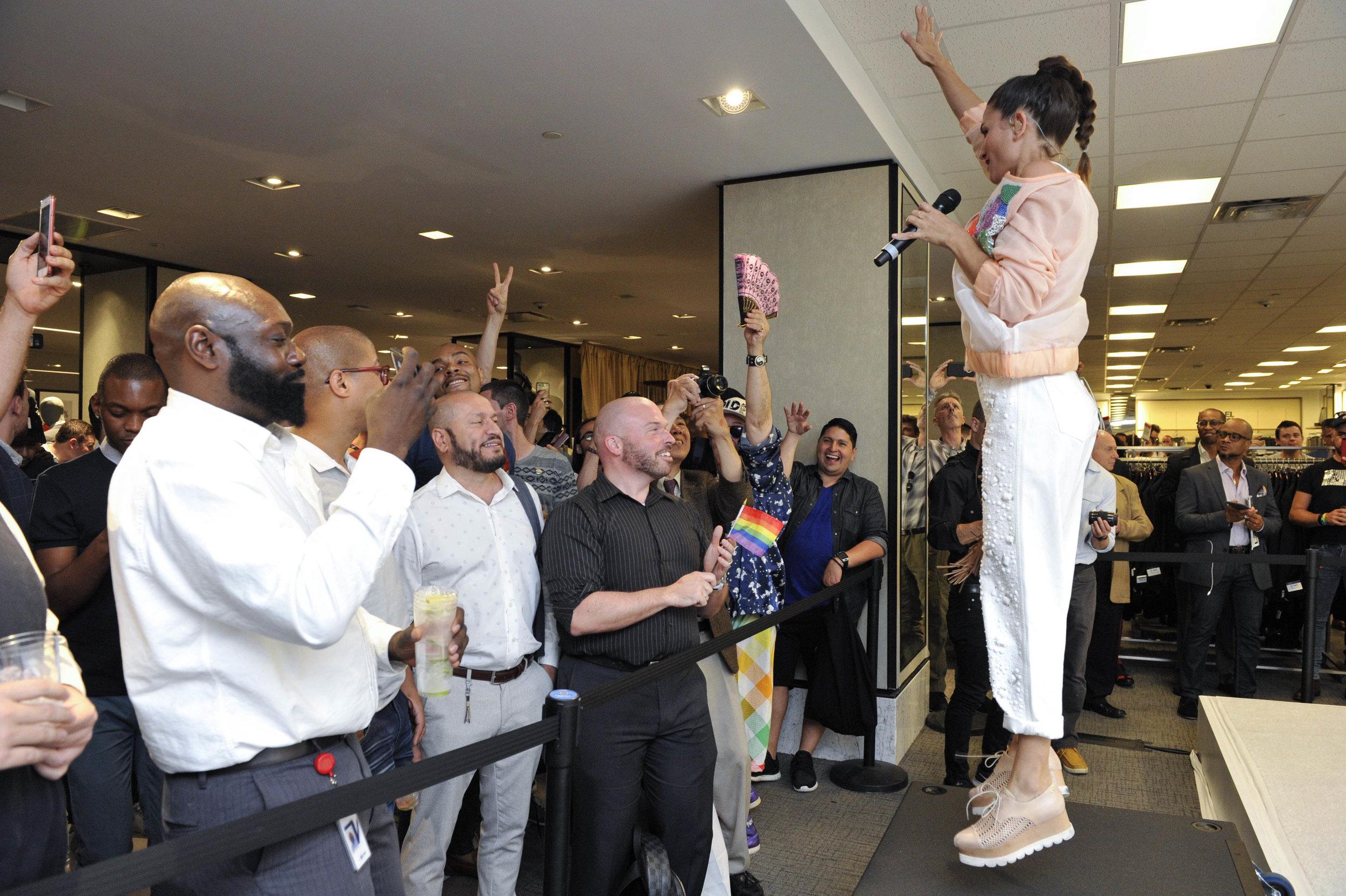 Macys Pride Event -3049.jpg