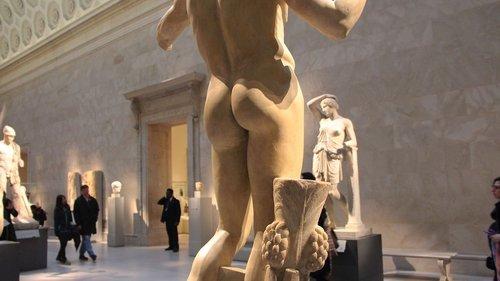 met-statue-secrets-behind.jpg