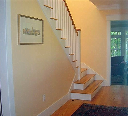 stair hall.JPG