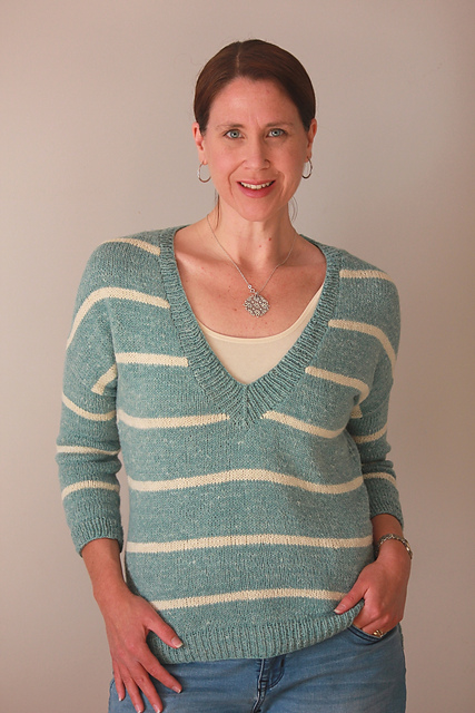 Carly Pullover in Savannah from the Fibre Company
