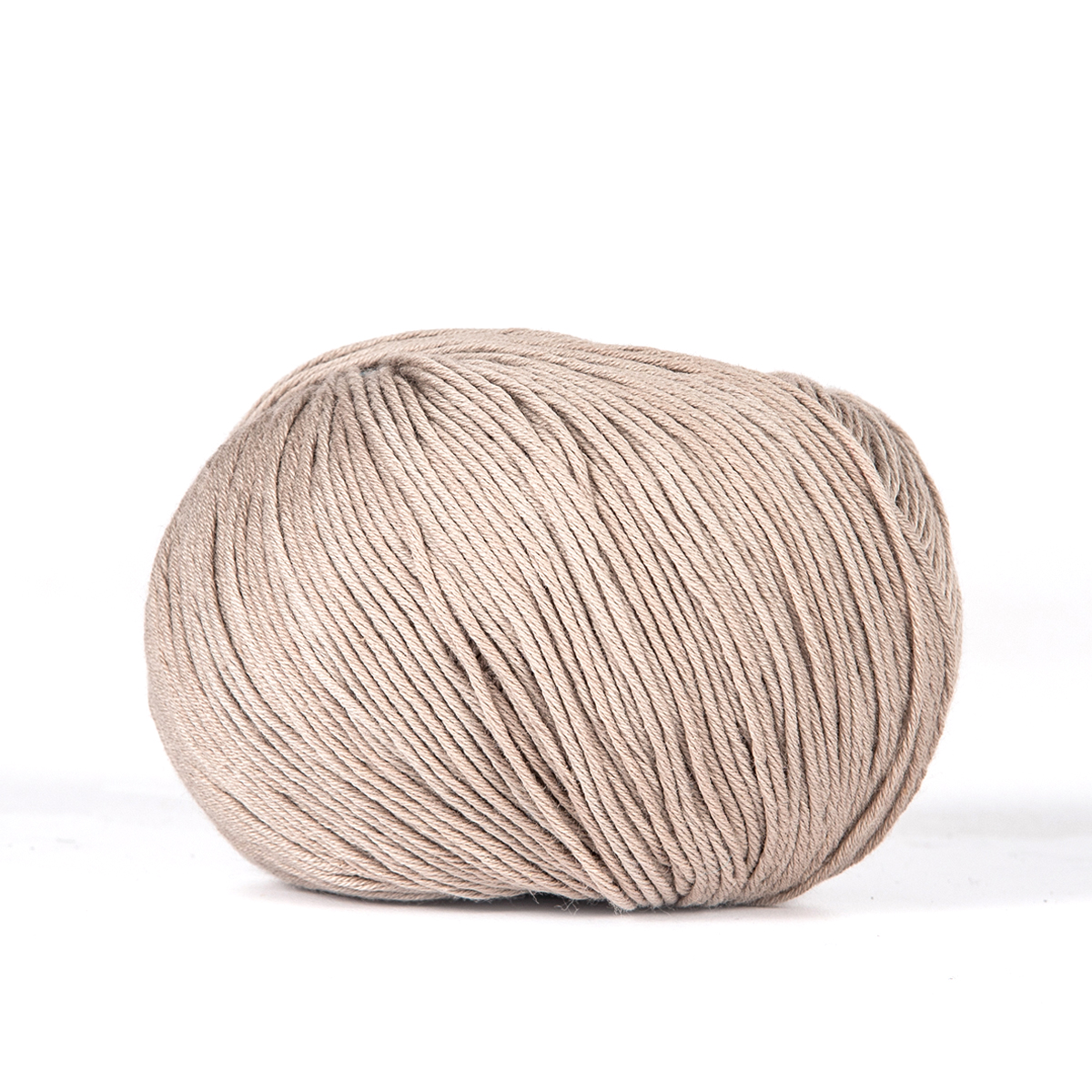 ALBA /     100% Organic Cotton  175 yds (160 m) / 50 gm ball