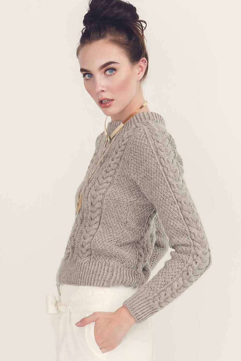 Eira Pullover by Linda Marveng