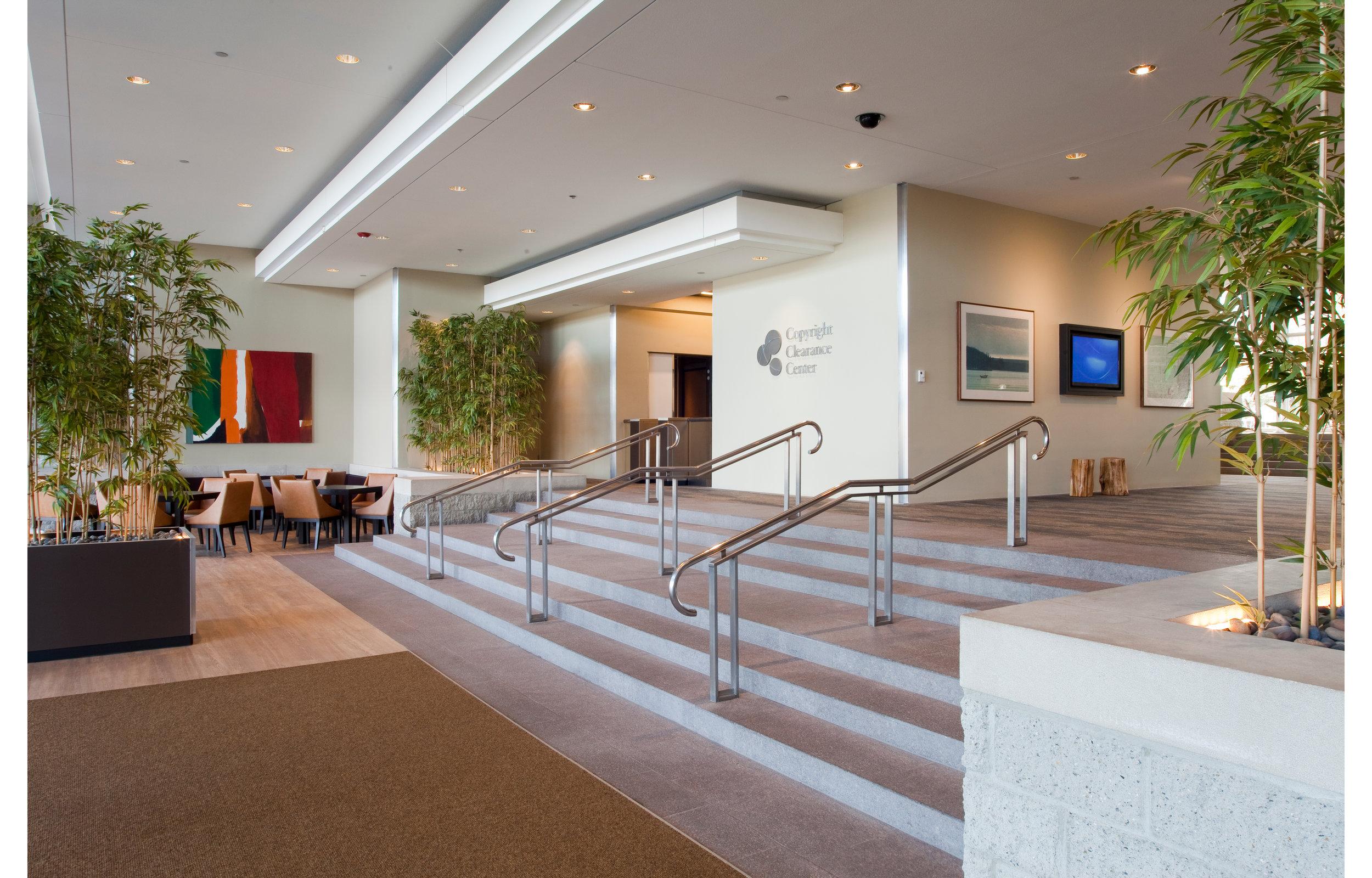 222 Rosewood (Lobby) -