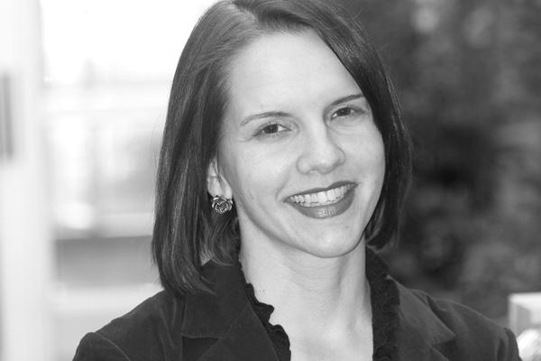 Jennifer_Fenske_Magnetika_Content Strategist_Blogger.jpg