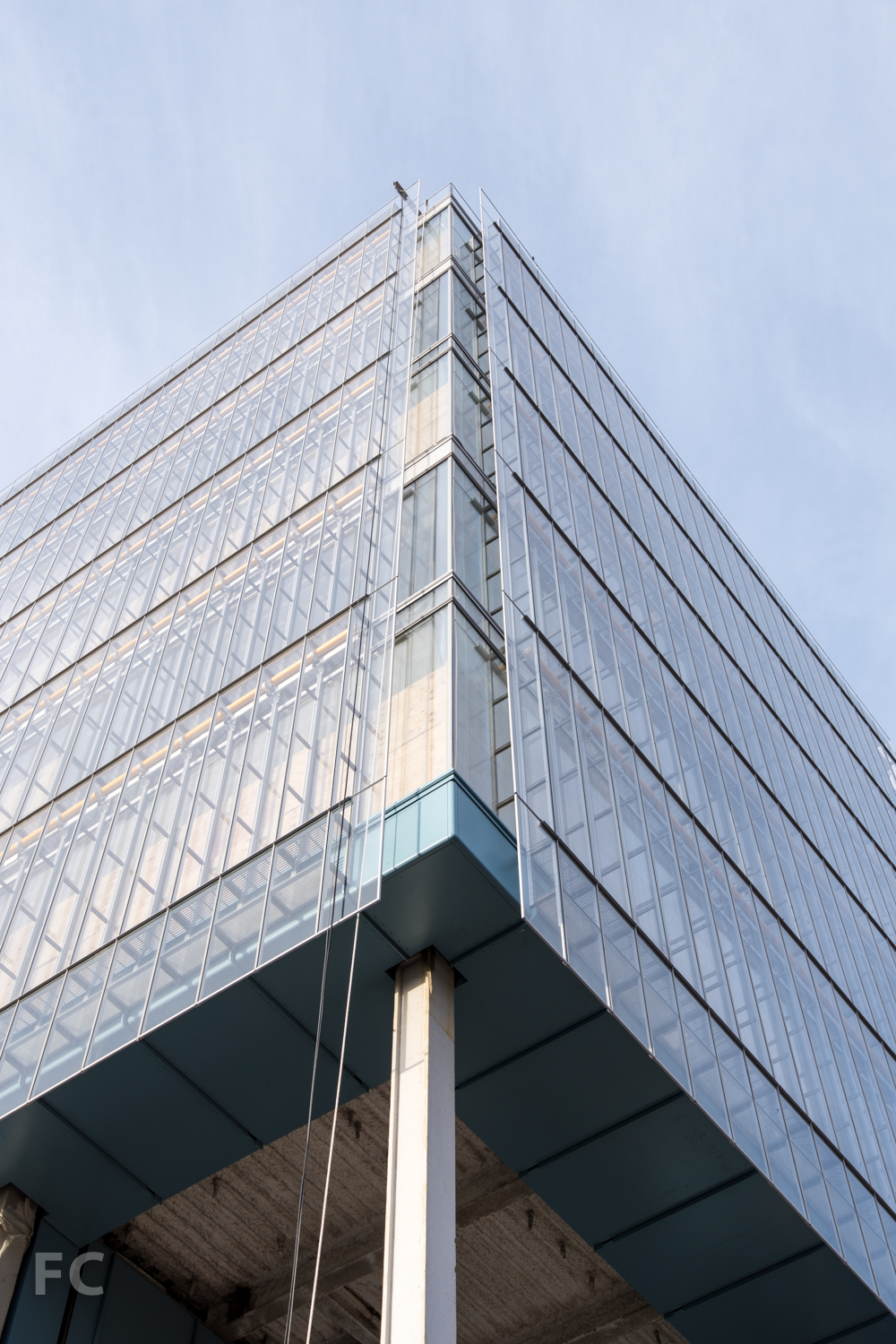 Detail of curtain wall at southeast corner of the Science Center.