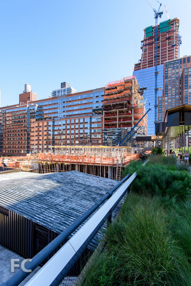 Southeast corner from the High Line with 507 W 28 (right) and 30 Hudson Yards (far right) under construction in the background.