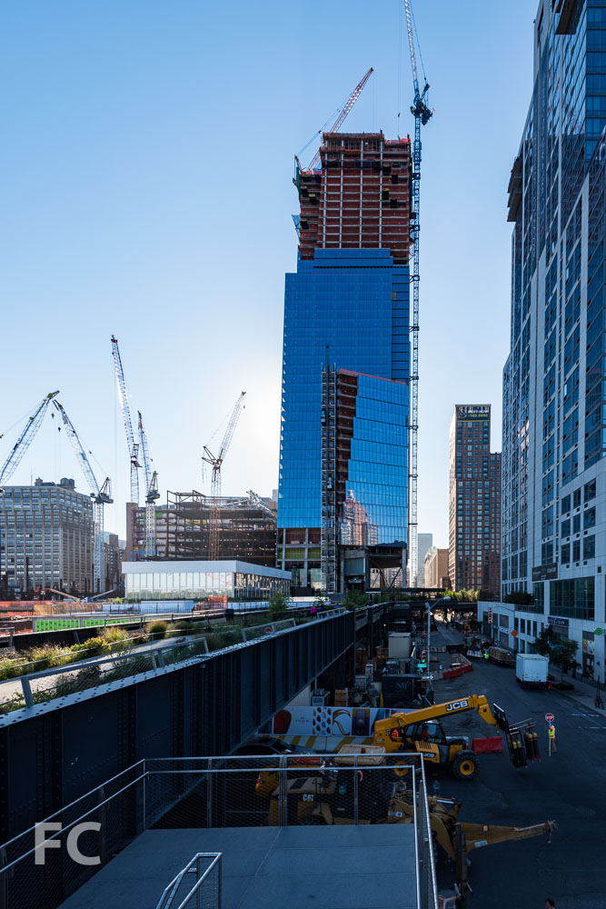 West façade of 10 Hudson Yards from the High Line.
