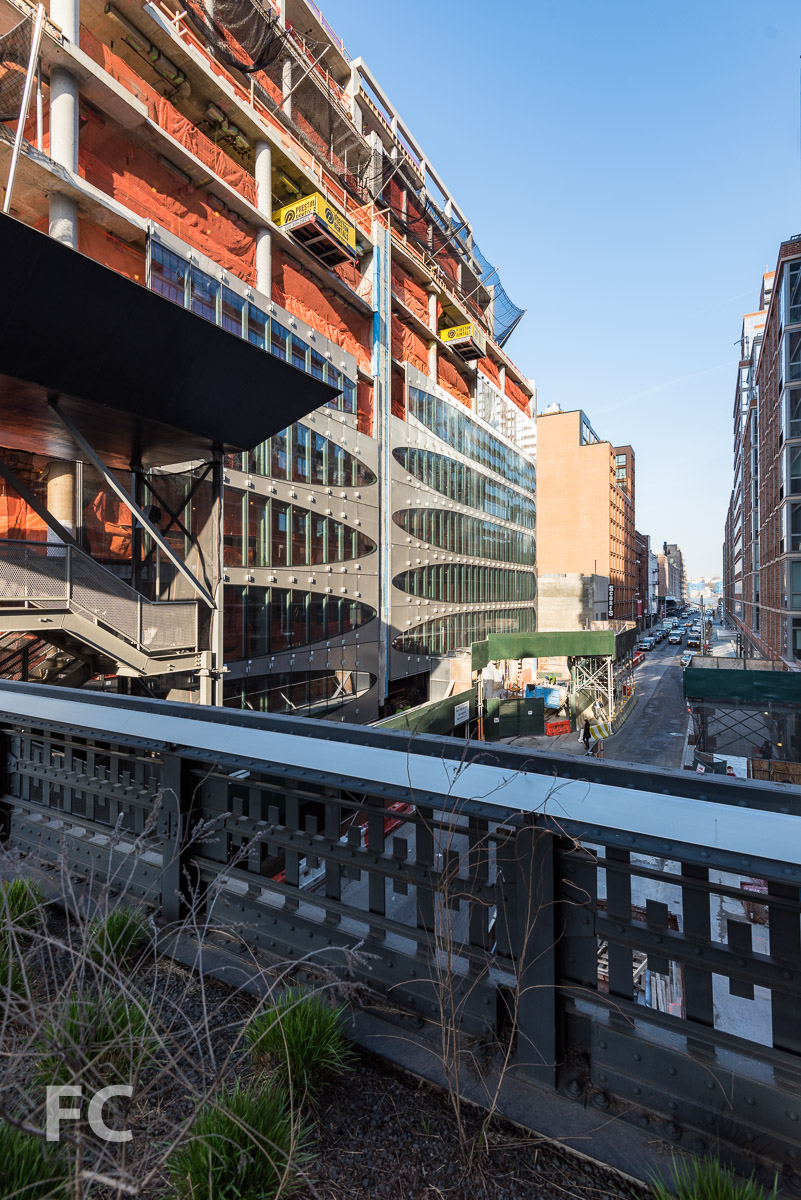 North façade from the High Line.