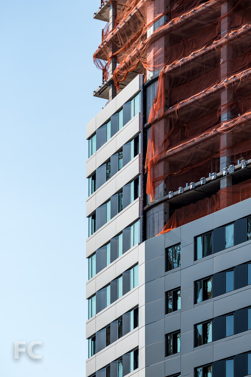Close-up of the northeast corner of the residential tower.