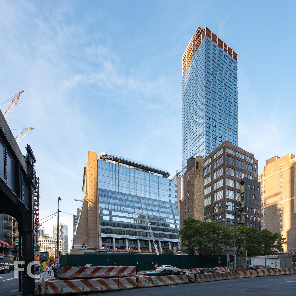 The south façade of 5 Manhattan West and