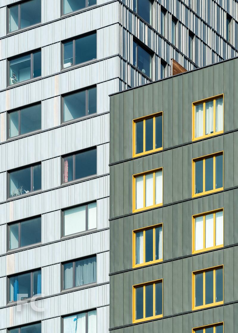 Close-up of the zinc façade.