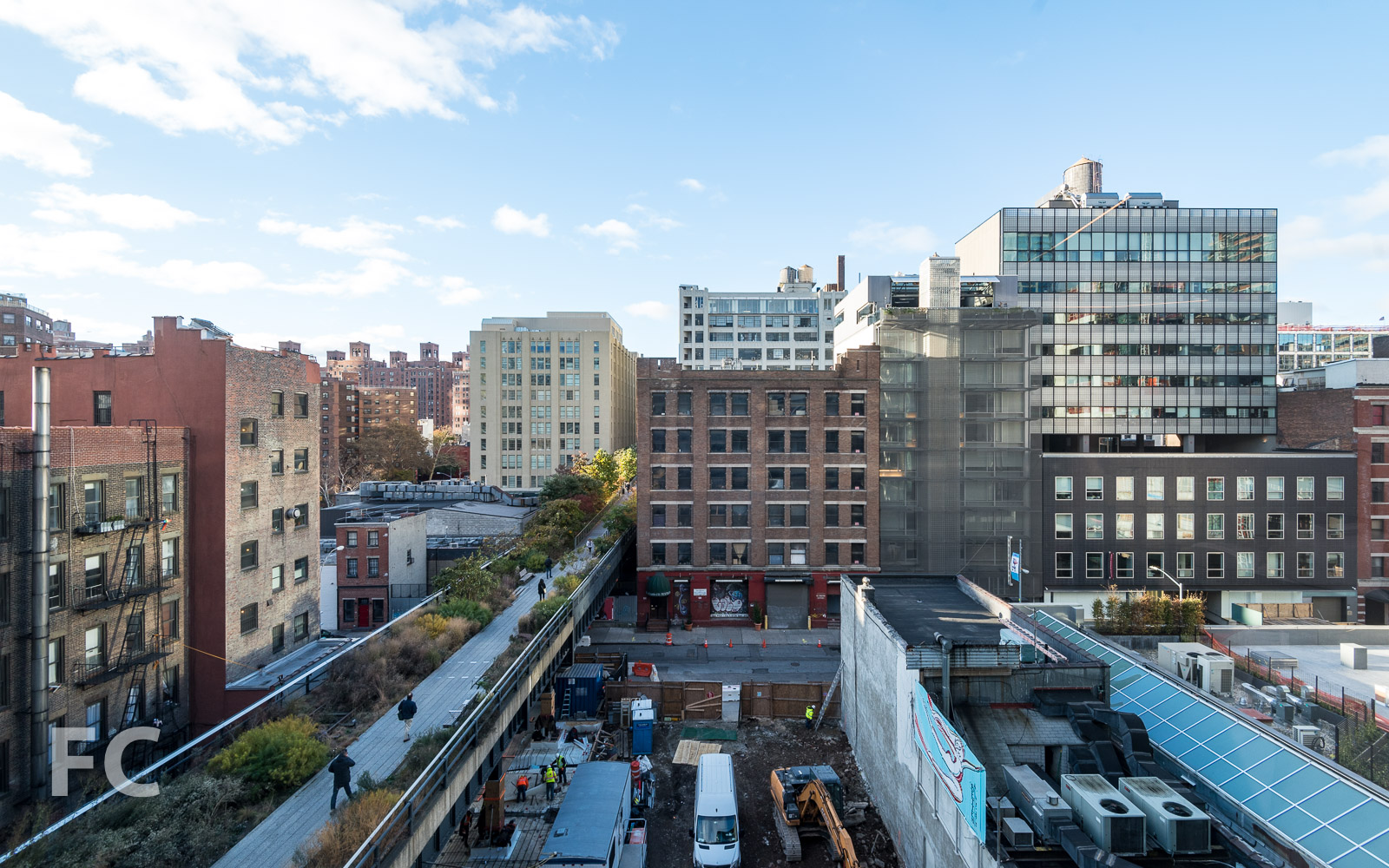 View south along the High Line from the great room.