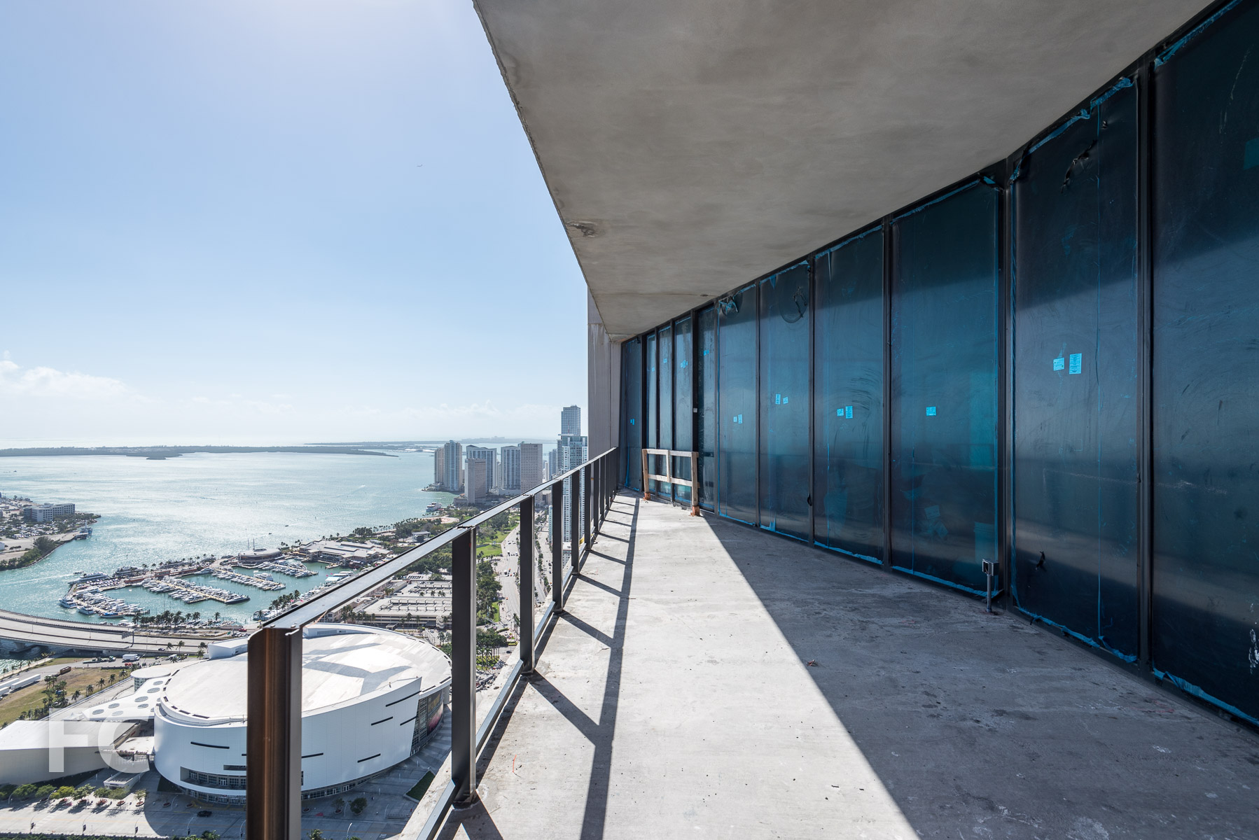 Penthouse terrace at the east facade.