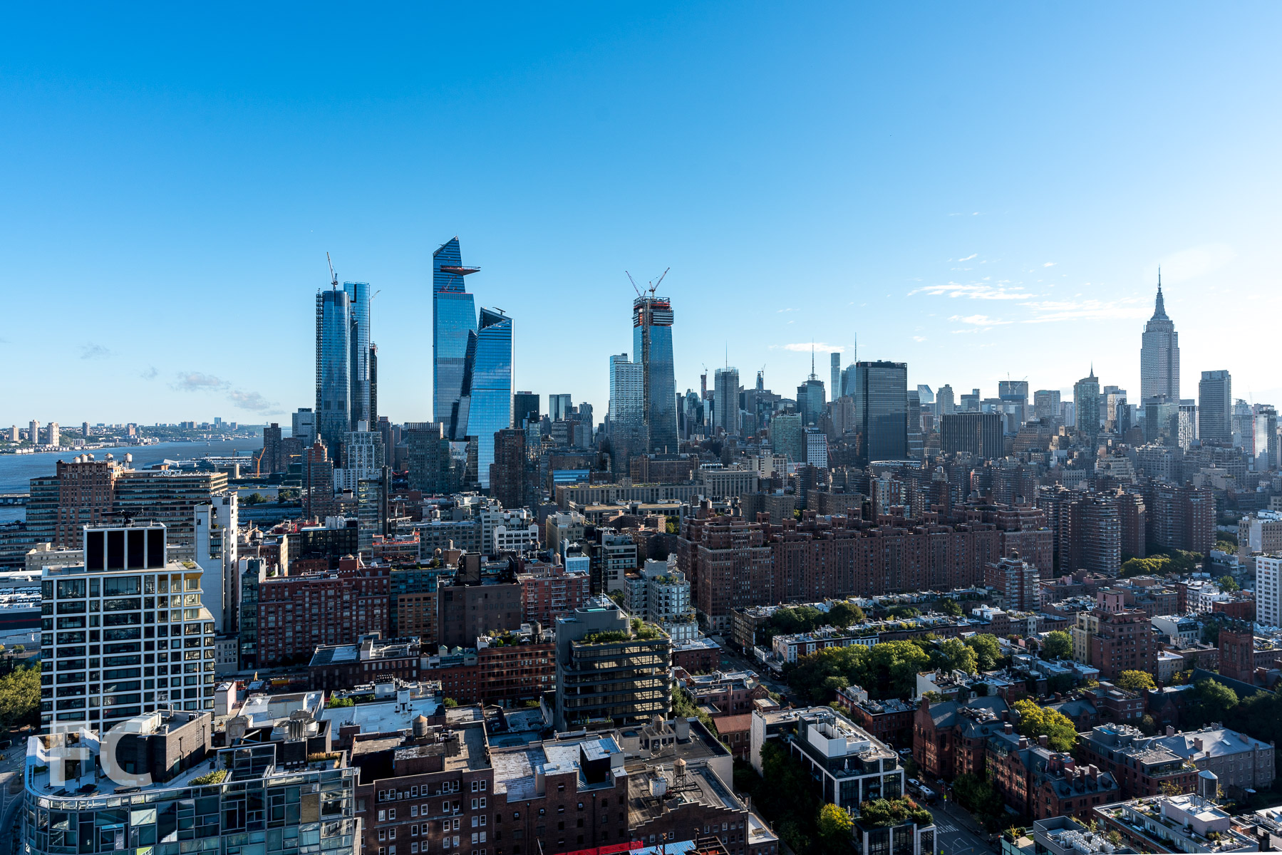 View north towards Hudson Yards and Midtown from the west tower.