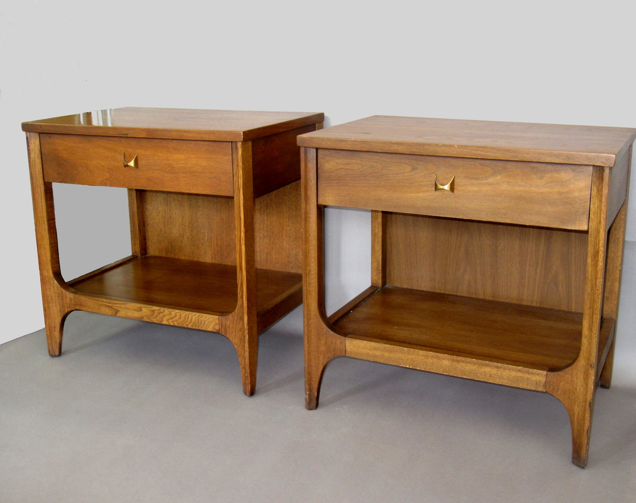 Sold Pair Of Matching Broyhill Brasilia Night Stands