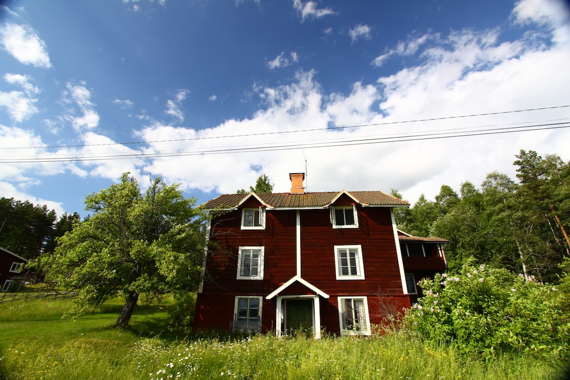 A perfect Swedish house for a perfect Swedish midsummer!.jpg
