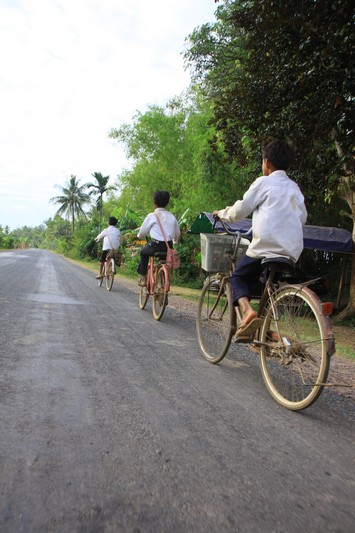 Yet another race will soon start between bikeben and school kids.