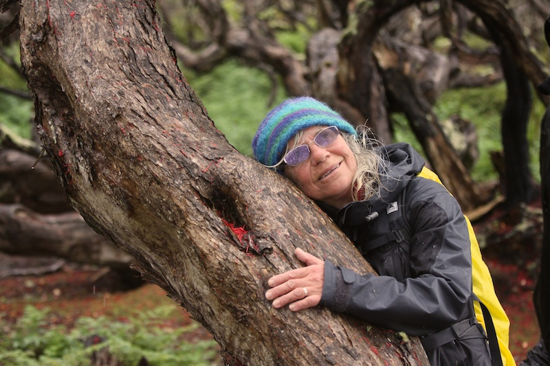 Mum hugging a tree