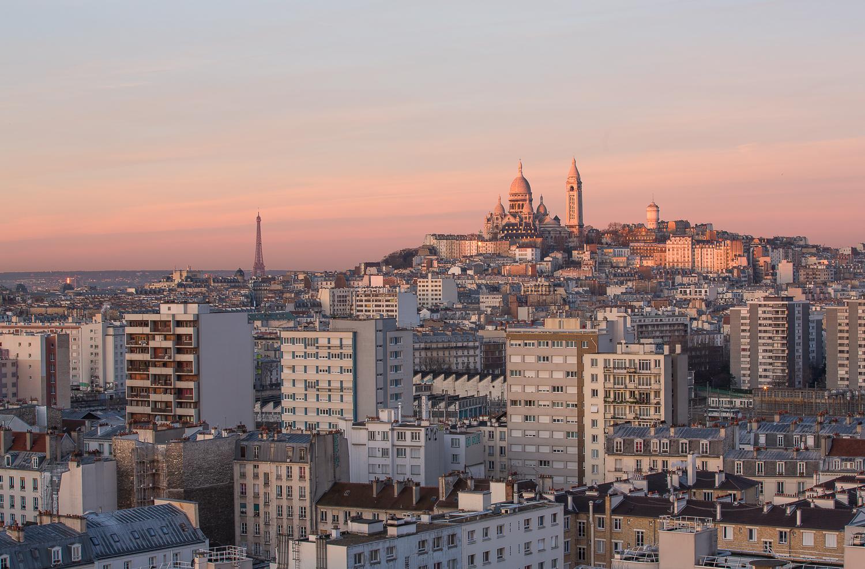 Vue sur la butte Montmartre au lever du jour. Paris. © Sébastien Borda