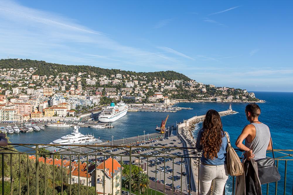 Vue sur le port de Nice depuis la colline du château. Nice. © Sébastien Borda