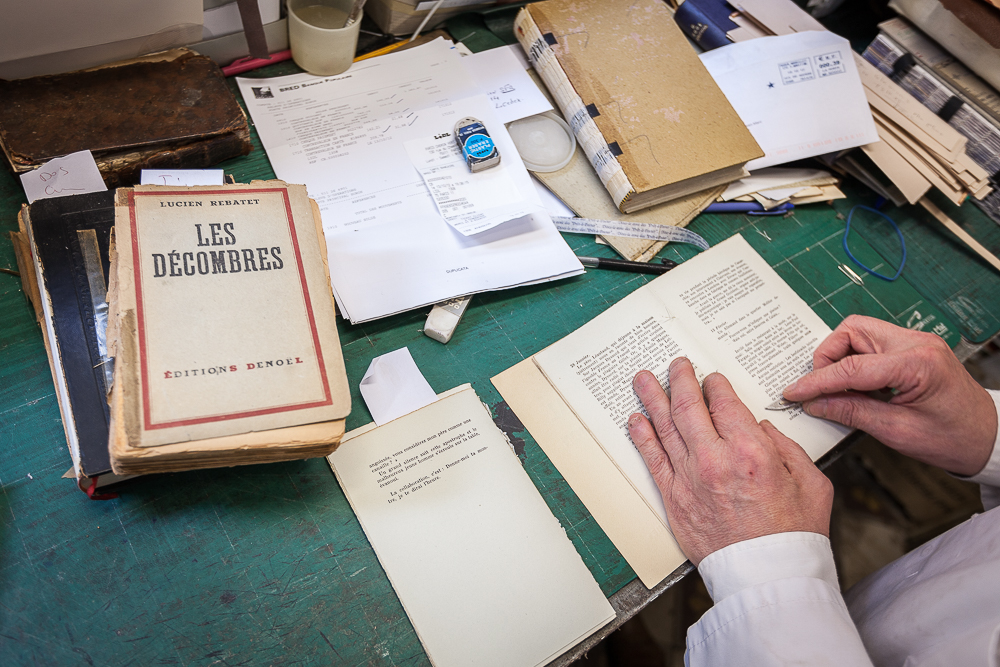 Séparation des pages avant le conformage. © Sébastien Borda