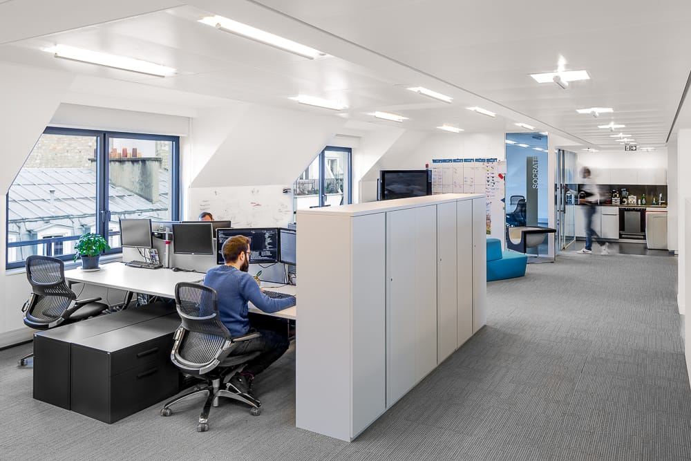 Exemple de photographie d'aménagement de bureaux en entreprise. © Sébastien Borda I www.sebastienborda.com