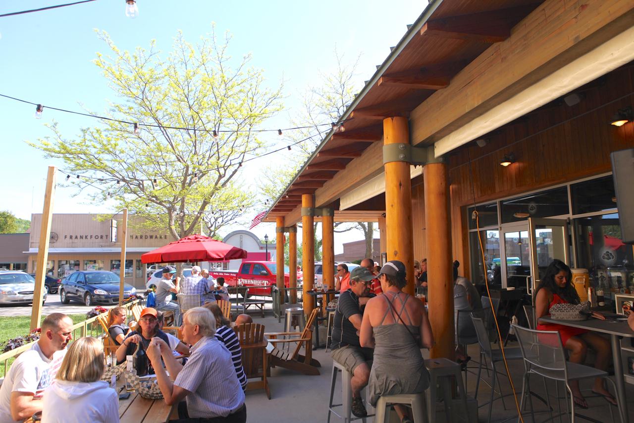 pub-patio.jpg