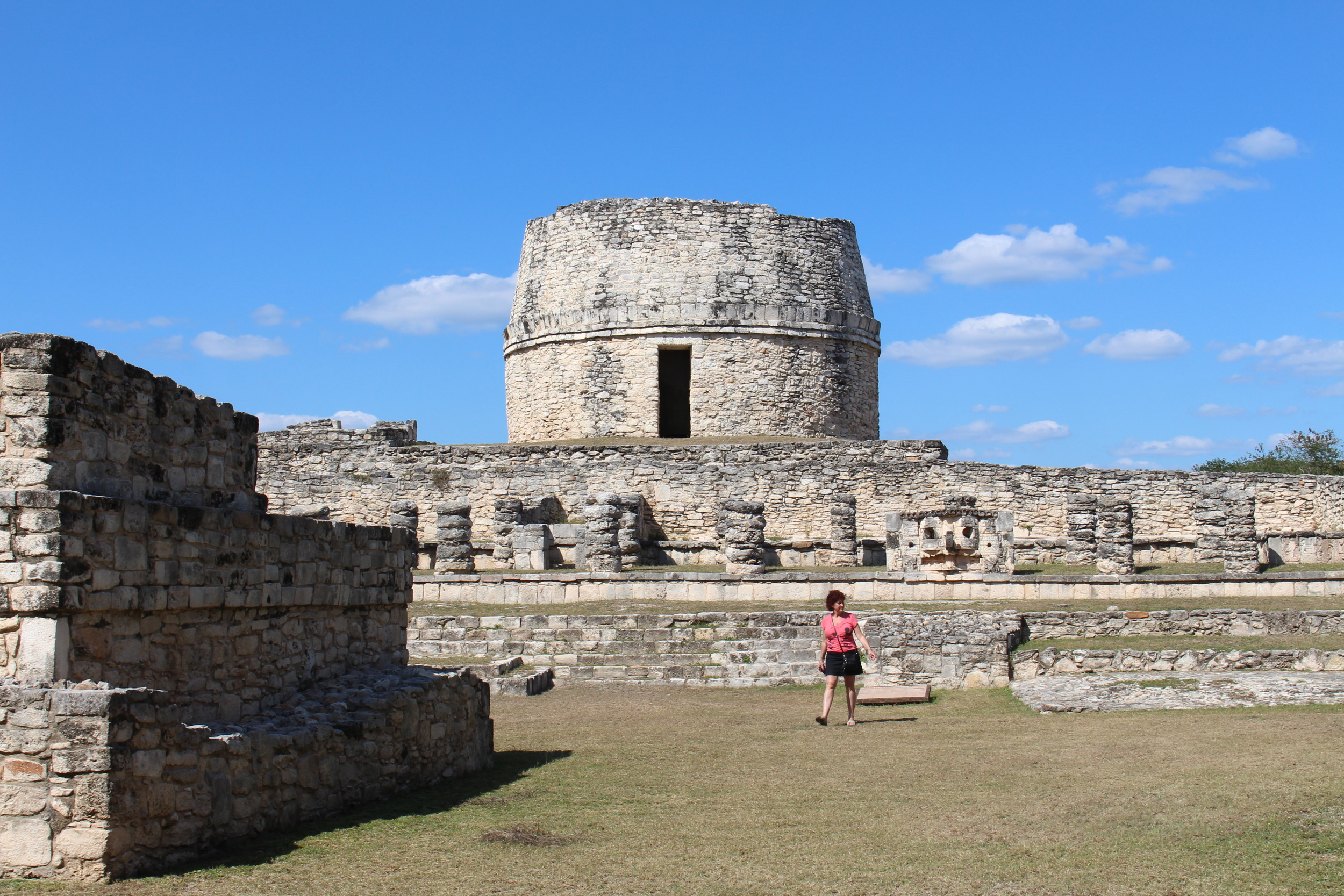 This building at Mayapan remarkably resembles the 'observatory' at Chichen Itza. There is a reason for that.