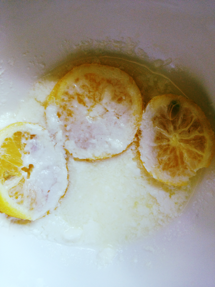 After 4 hours. I honestly don't know what happened to one of the slices of lemon, I blame our house gnome.